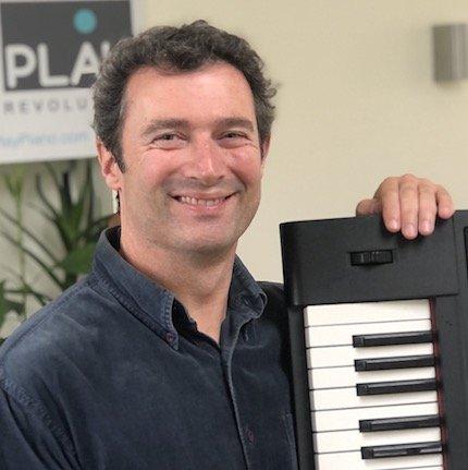 Declan profile studio piano 1a (428)